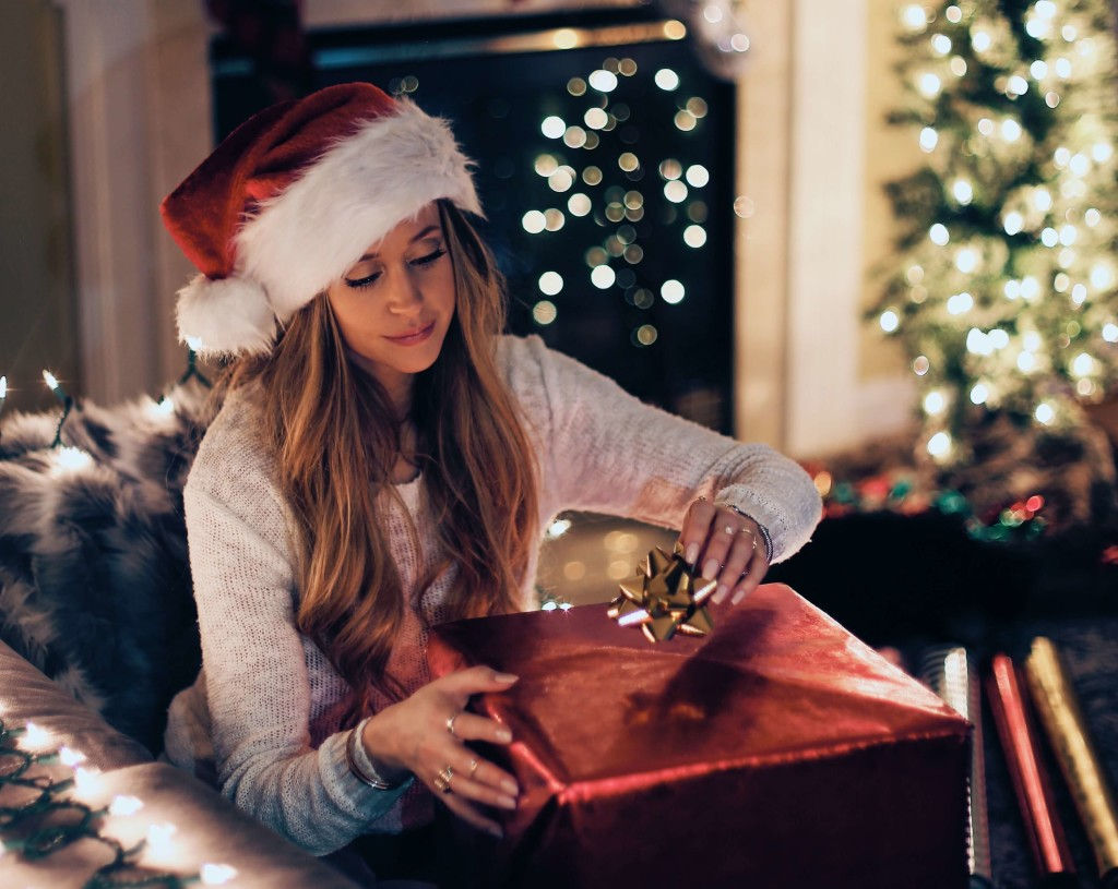 Want to get your new driver something special for Christmas? Check out our holiday gift guide for teens who just got a driver license!